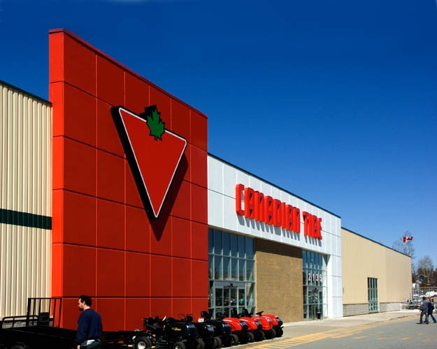 Canadian Tire Magog